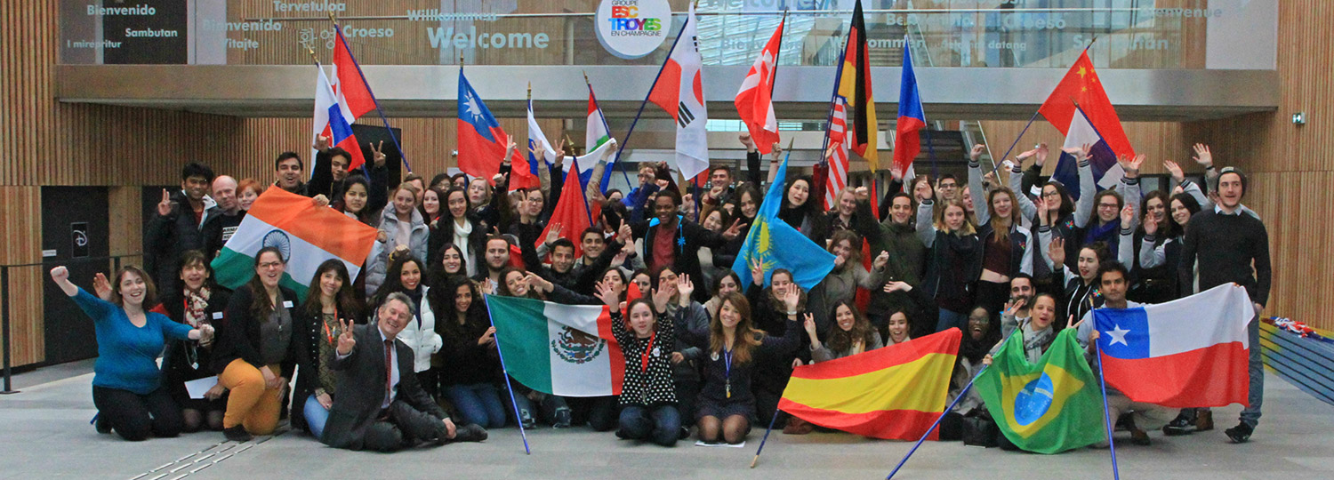 Welcome to our new international students!